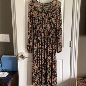 Black Fall Floral Dress Size M